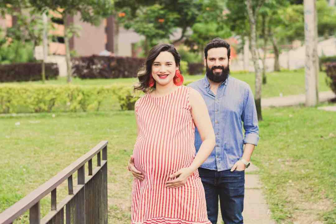 Comment dire à son mari qu'on est enceinte